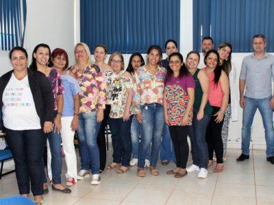 Servidores das Salas de Vacina recebem treinamento (1)