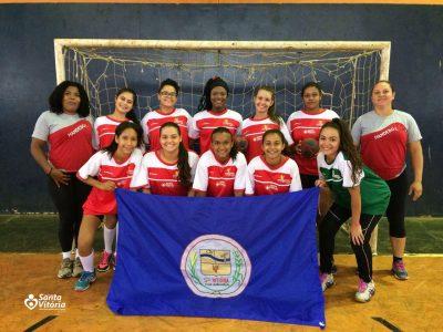 Equipe de handebol feminino de Santa Vitória participa de amistoso em Aparecida do Rio Doce