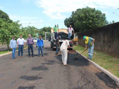 Prefeitura de Santa Vitória intensifica Operação Tapa-buracos (38)
