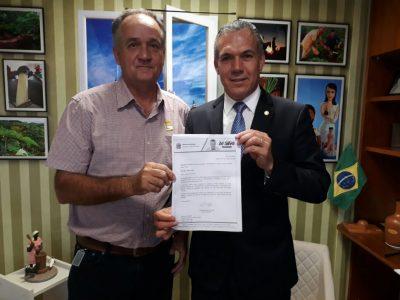 Prefeitura de Santa Vitória recebe emenda parlamentar de R$ 100 mil para Saúde