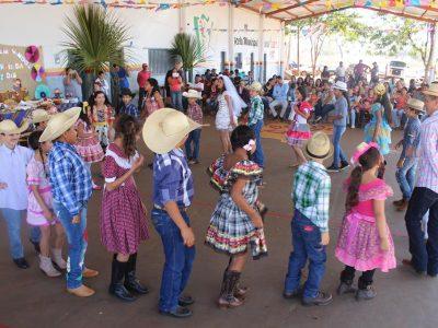 "Escola do Campo ""Luiz Dib"" realiza Festa Junina (1)"