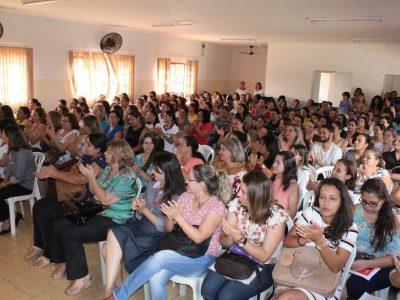 Encontro em Santa Vitória debate a Base Nacional Comum Curricular (6)