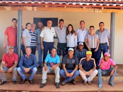 Com recursos próprios Prefeitura entrega primeira casa Social