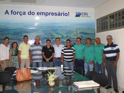 Membros do Colmeia apresentam resultado das ações no encontro mensal do Conselho de Desenvolvimento Econômico