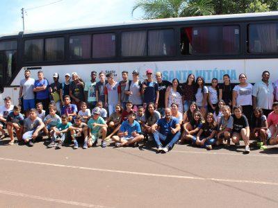 Delegação de Santa Vitória embarca para Capinópolis para as disputas da etapa microrregional dos Jogos Escolares de Minas Gerais (JEMG)
