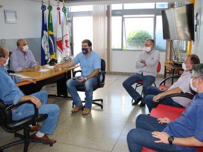 Santa Vitória recebe visita do deputado Franco Cartafina